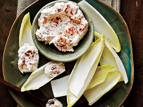 Endive Spears with Spicy Goat Cheese
