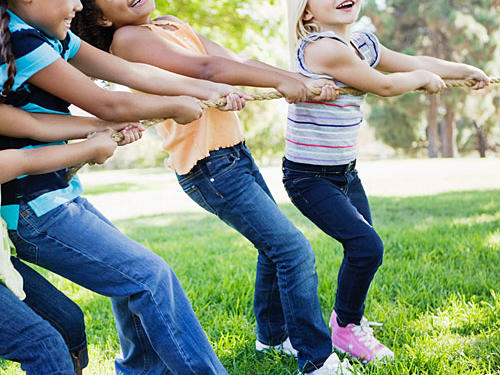 There's a reason why watching kids is exhausting—it's not just a chance to bond, it's an opportunity to burn calories. Once the play date is set, try to plan activities for them that you know will keep you up and active, like playing tag, hopscotch, skipping rope, or running around the park.