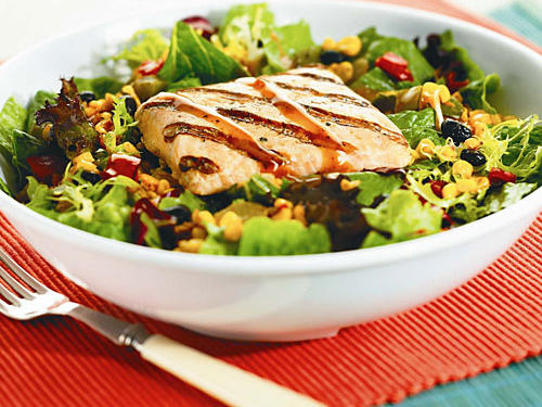 Don't assume that a salad is an innocent as it sounds. We found a chicken and spinach salad from a popular chain that has over 1600 calories, 110 grams of fat and a days worth of sodium. Our top salad pick is Atlanta Bread Company's Salsa Fresca Salmon Salad. This corn and black bean salad adds fiber (6 grams) to this 560 calorie main dish salad with an appetite quenching 38 grams of protein, just 4.5 grams of saturated fat and 590 milligrams of sodium.