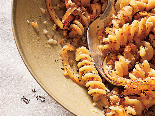 100 Pasta Recipes: Fusilli with Caramelized Spring Onions and White Wine