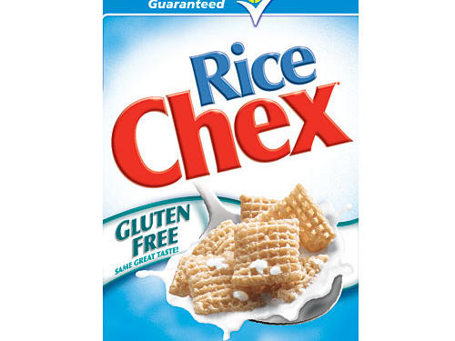 If you're starting your day with a bowl of gluten-free cereal you could be missing out on important energizing nutrients. Gluten-free grains rarely have added nutrients, compared to standard cereals which are often fortified with B-vitamins and iron. Enter Rice Chex. This gluten-free gem is one of the few g-free foods fortified with vitamins and minerals to deliver 25 percent of your daily dose of five B vitamins and half your day's iron and folic acid.