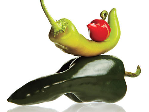 Eating even one meal that contains capsaicin—the compound that gives hot sauce and chile peppers their heat—not only reduces levels of hunger-causing ghrelin, but also raises GLP-1, an appetite-suppressing hormone.
