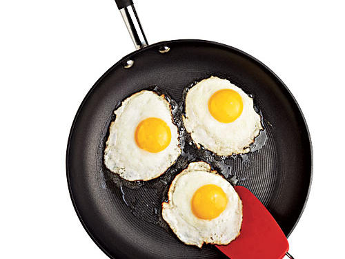 The ridged surface adds an extra layer of nonstick-iness to Circulon's Contempo skillet.