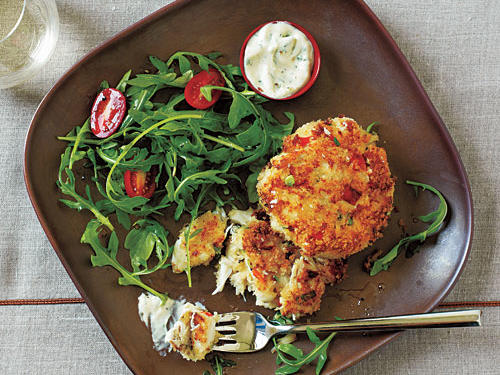 Crab Cakes and Spicy Mustard Sauce