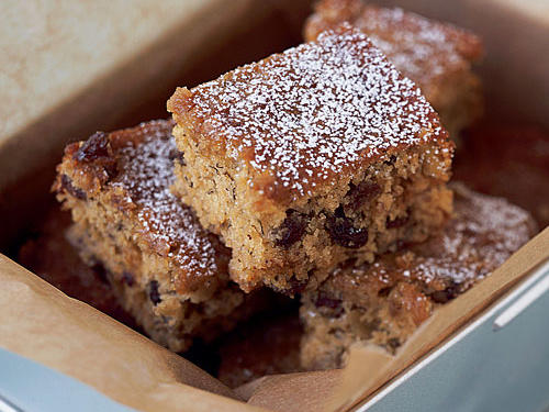 Monkey bars are moist snacking cakes that might remind you of banana bread.