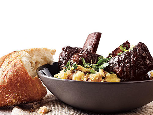 Cabernet Short Ribs with Parmesan Polenta Recipe