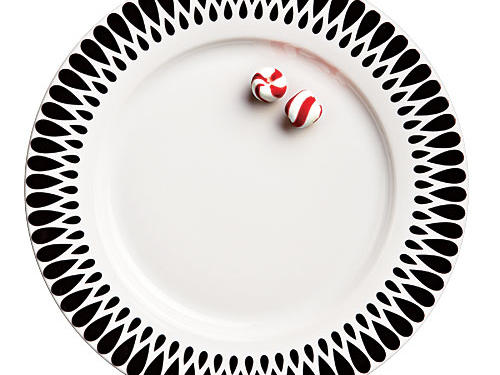 The subtle border makes these plates perfect for the holidays—or any day.