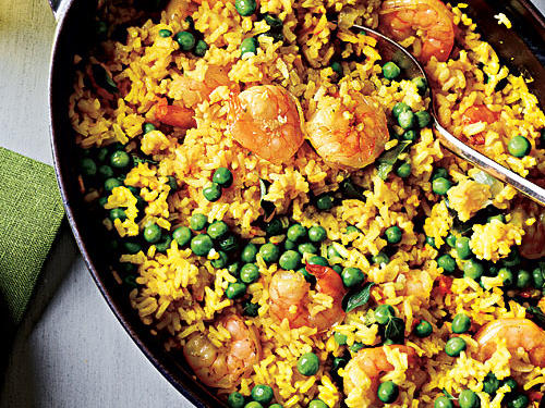This recipe combines all the flavors of a traditional paella in a weeknight-friendly dish. For the best sustainable choice, look for U.S. Pacific or West Coast white shrimp farmed in recirculating systems or inland ponds.