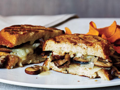 Sandwich night gets turned up a notch with this superfast panini. This flavor-packed grilled sandwich is made with fresh herbs, a mixture of exotic mushrooms, and shaved cheese–all sandwiched between sourdough bread.