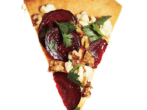Base: 1½ tablespoons olive oilToppers: 8 ounces sliced roasted beets + 1/3 cup toasted walnut halves + 1/3 cup crumbled goat cheese + 2 tablespoons chopped flat-leaf parsley