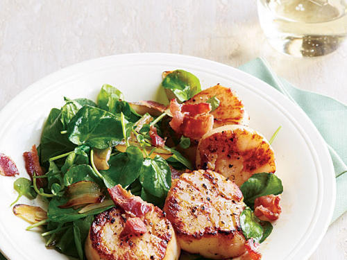 Watercress offers a refreshing change from spinach and other greens. Scallops are a sustainable buy, but for the best choice, pick diver-caught scallops from Mexico.