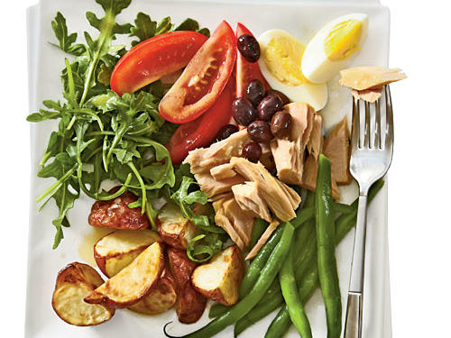 Which wines go best with main-dish summer salads?