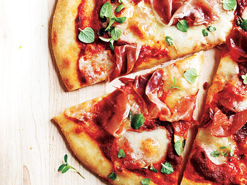 What to Drink with a Meaty Pizza
