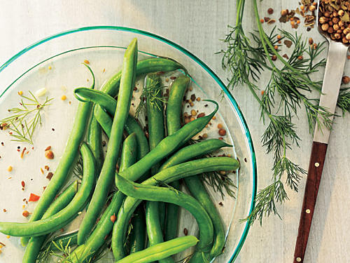 Quick Pickled Dilly Green Beans