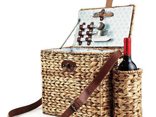 1206 SunnyLIFE Wicker Picnic Basket for Two