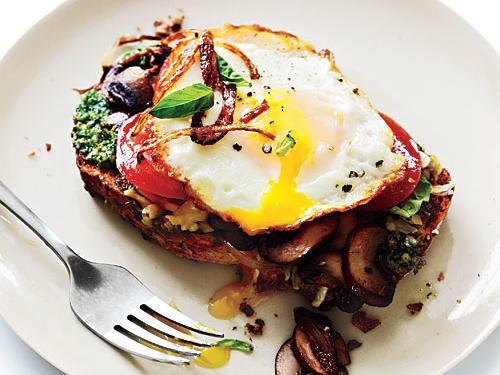 This open-faced sandwich is savory and delicious. It's perfect for breakfast, lunch or a light dinner.