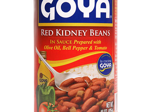 If you're trying to lower your cholesterol, it's time to break out the beans. A 2002 compilation of 11 studies found that frequent bean eaters have cholesterol that's 7% lower than those who don't do legumes. Goya makes getting yours a cinch with their Red Kidney Beans spiced with pepper, tomato, and olive oil. These beans are ready to heat in your microwave and eat in minutes. The result? A side that pairs perfectly with tacos, quesadillas, or fajitas. With only 160 calories, you'll get a hefty 10 grams of protein and 7 grams of fiber in a 1/2 cup.