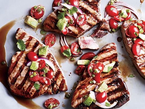 Seared Tuna with Avocado Salsa
