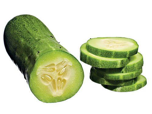The yellow flesh offers as much as 5 times the beta-carotene of other cuke varieties. It's an excellent choice for both pickling and eating fresh.
