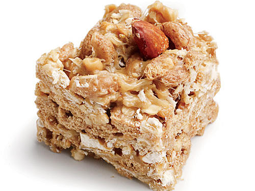 1604 Peanut-Almond Snack Bars