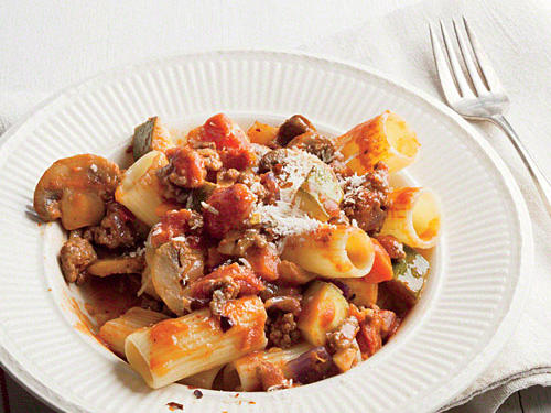 Rigatoni with Meaty Mushroom Bolognese