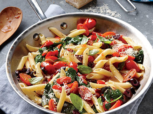 Grape Tomato, Olive, and Spinach Pasta
