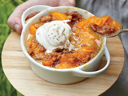 Apricots, brown sugar, cinnamon, and whipping cream—need we say more?