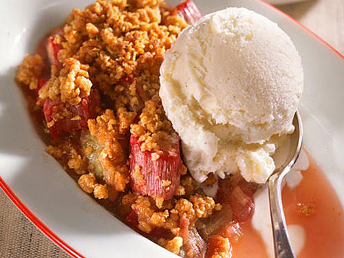 There's something so delicious about this rhubarb crumble that you'll wind up wanting more. Top with a scoop of frozen yogurt for the perfect sweet-tart dessert.