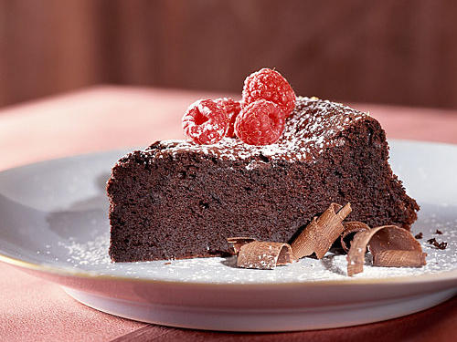 Quick and Healthy Dark Chocolate Souffle Cake Recipe