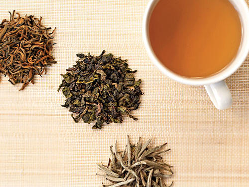 """Tea is rich in antioxidants that decrease inflammation and protect cell membranes. Some studies have shown that tea may also reduce the damage of sunburns and overexposure to ultraviolet light. Green tea is especially rich in a compound known as EGCG which may acts as a """"fountain of youth"""" of sorts for skin by reactivating dying skin cells."""