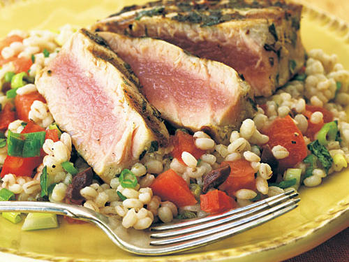 Healthy Grilled Tuna over Lemon-Mint Barley Salad Recipe