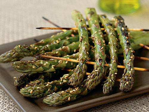 Kid-Friendly Grilled Asparagus Rafts