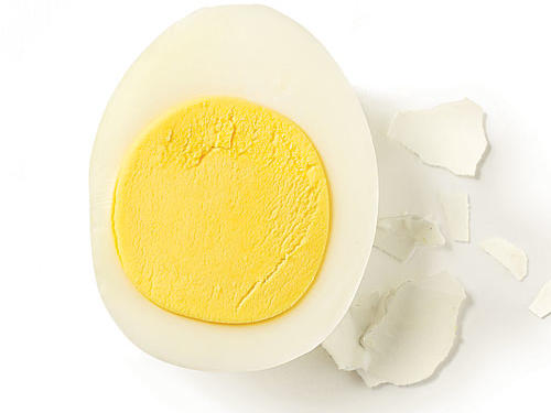 Eggs are excellent sources of protein, so whip up a scrambled egg with whole-wheat toast for a quick late-night snack. By pairing eggs with carbohydrate-rich toast, the process of releasing serotonin becomes more efficient. The complex carbohydrates from the toast will make tryptophan more readily available to your brain, and the protein will help to stave off hunger for a restful night of sleep. Sprinkle some cheese into your scrambled eggs for a calcium boost to produce even more sleepiness.See More: Top-Rated Egg Recipes