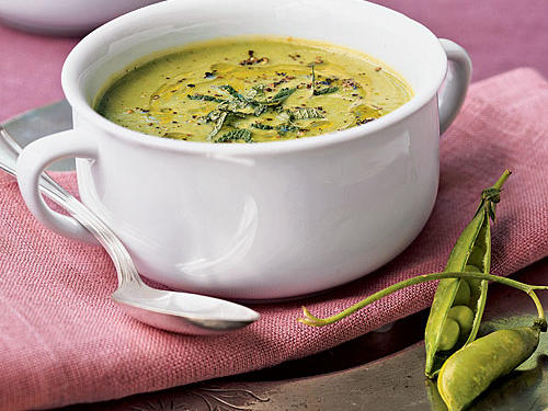 Gluten-Free Fresh Pea Soup with Mint