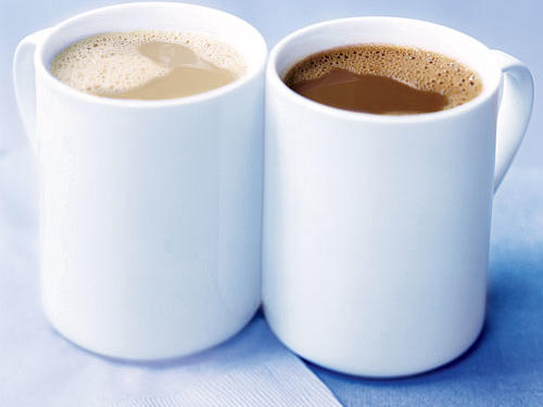 If you're trying to kick your java habit you might want to reconsider. A recent Finnish study of 1,400 longtime coffee drinkers reveals that people who sipped between three to five cups of coffee a day in their 40s and 50s reduced their odds of developing Alzheimer's disease by 65% compared to those who downed fewer than two cups a day. Researchers believe that coffee's caffeine and ample antioxidants are the keys to its protective affects.