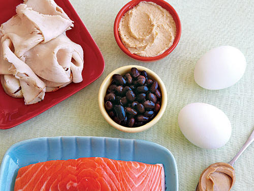Though fat and carbohydrates continue to battle the nutrition paparazzi, protein seems to narrowly escape most of the negative press and come out shining brightly. This macronutrient is the backbone of many diet plans and a consistent topic of conversation among gym-goers. Despite its seemingly popular status, there are still a few old lingering myths and some new confusion about dietary protein. Here we put 9 of the most common myths about protein to rest.