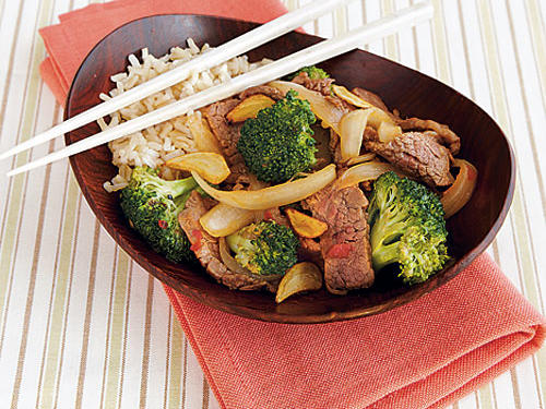 Loaded with the flavors you crave, but packed with enough broccoli and lean flank steak to make it nutritious, this is a great meal for any night of the week. Gluten-free tamari is a delicious stand-in for the soy sauce.