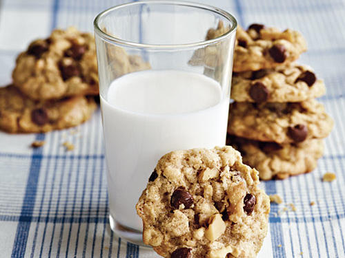 As the name suggests, you can put just about anything in these cookies. Chocolate chips and walnuts are definitely some ingredients that you won't want to leave out.