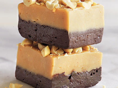 Make the combination of peanut butter and chocolate even better by stirring in instant coffee granules and topping the fudge with chopped peanuts.
