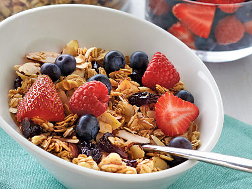 Whether you're running on full speed before work or sitting down to a leisurely brunch on Saturday morning, you'll find recipes here to fill you up and keep you going the rest of the day. Best of all, these classic dishes have been lightened without losing their incredible flavor.