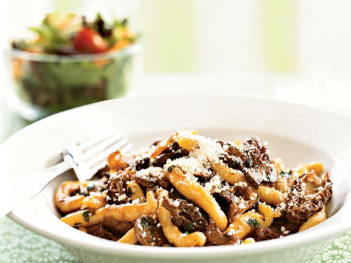Makaruni Pasta with Morel Mushroom Sauce Recipe