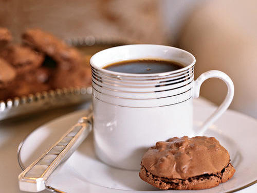 Healthy Chocolate-Pecan Macaroons Cookies Recipe