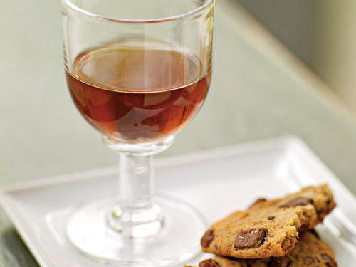 Madeira with cookies