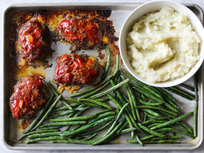 Sheet Pan Meatloaf Dinner
