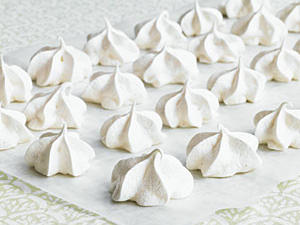 How to Make Meringue Cookies