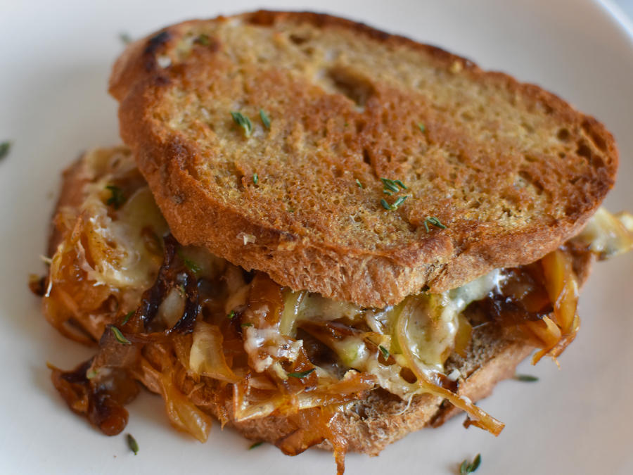 French Onion Grilled Cheese - Cooking Light