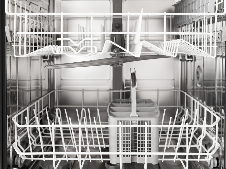 Here's Why You Should Put a Bowl of Vinegar In Your Dishwasher -