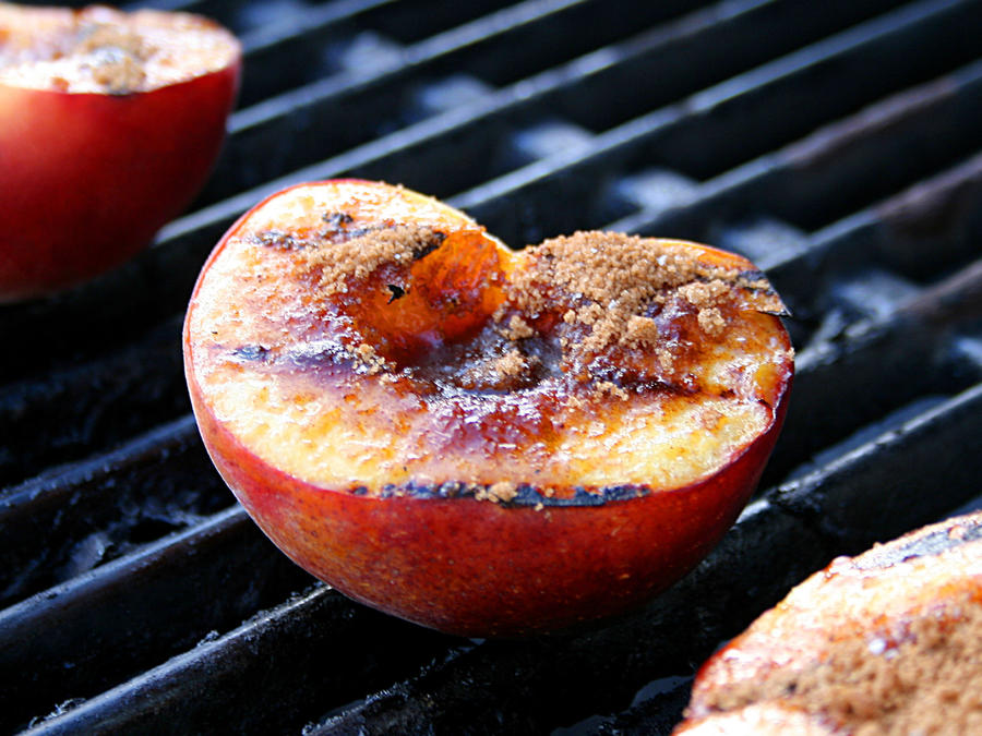 The Dos and Don'ts of Grilling Fruit - Cooking Light