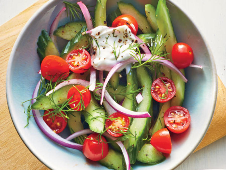 Dilly Cucumber Salad with Yogurt