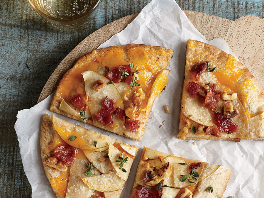 Apple and Bacon Pita Pizzas